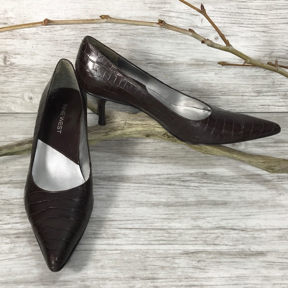 9b0d3b07d0 Nine West Shoes | 85 N Brown Alligator Kitten Heel | Poshmark
